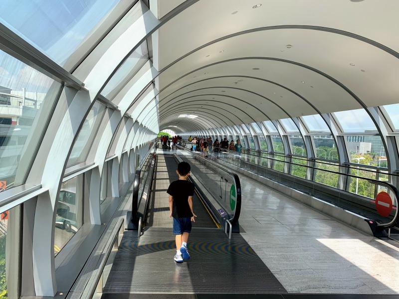 チャンギ空港jewelへの遊歩道