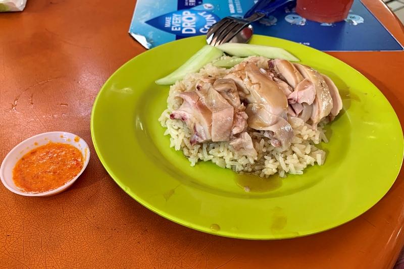 天天海南鶏飯のチキンライス(サイズM)