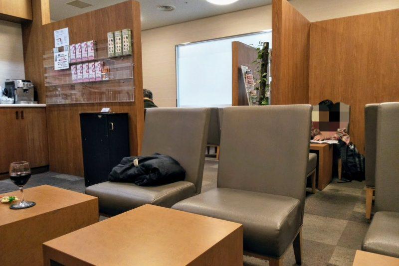 成田第2ターミナルプライオリティパスラウンジT.E.I. LOUNGEの内部