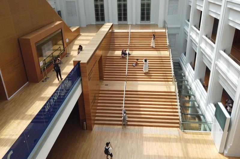 シンガポール国立美術館の階段