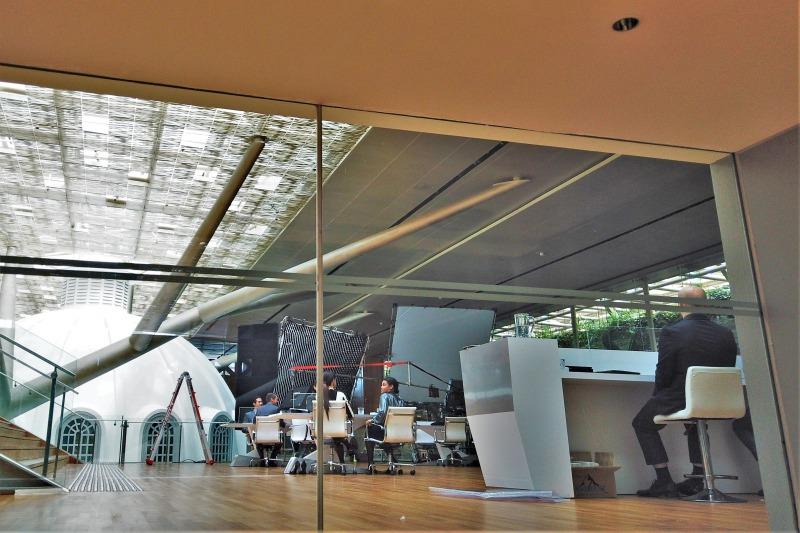ナショナルギャラリーシンガポールでの映画撮影風景