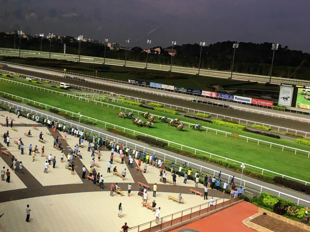 シンガポールの観光スポット シンガポールクランジ競馬場