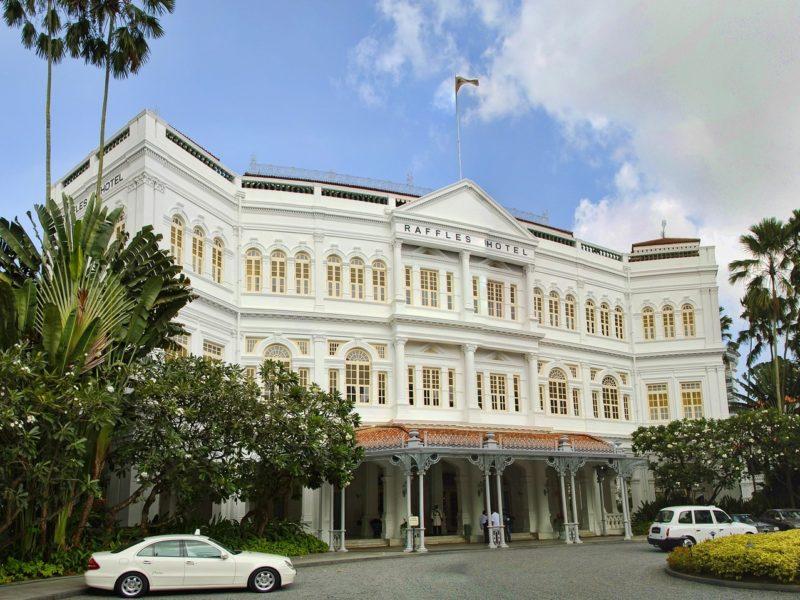 シンガポールの観光スポット ラッフルズホテル