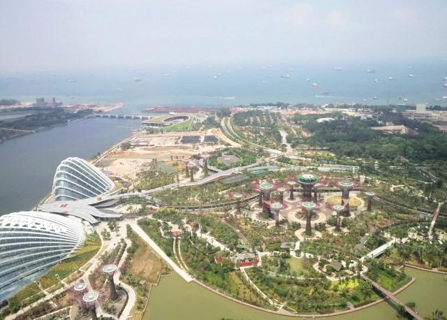 シンガポール 観光 スカイパークから海方面への眺め