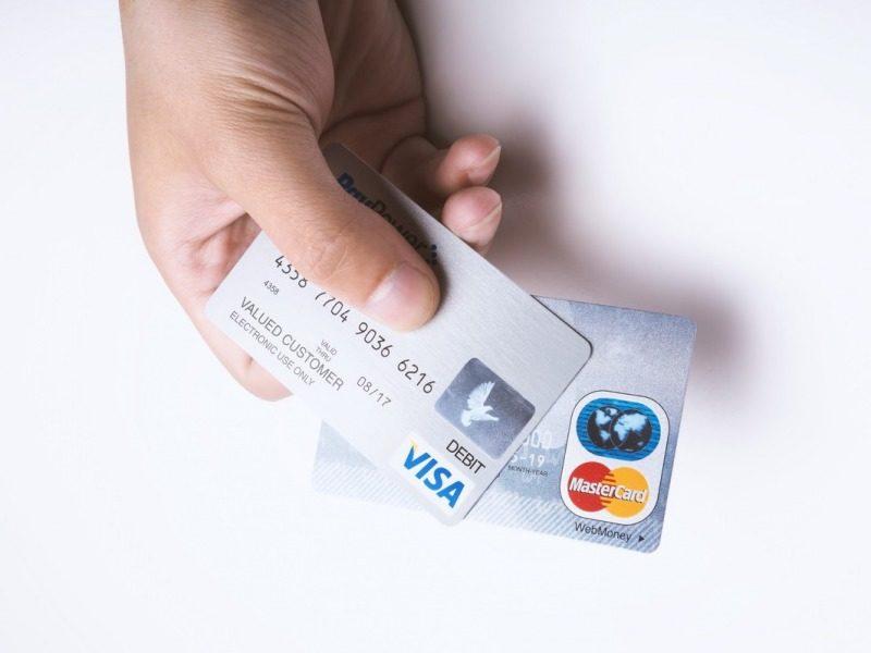クレジットカードVisaとMaster
