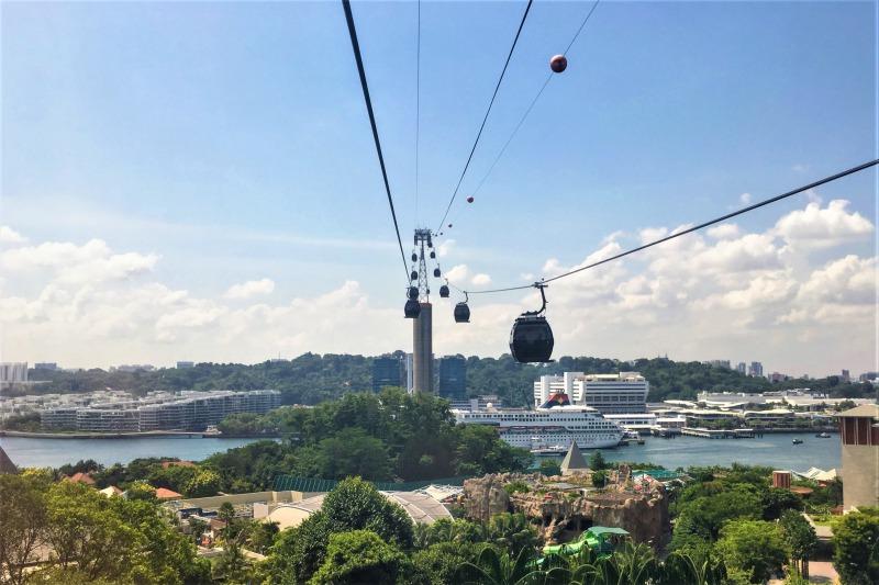 シンガポールケーブルカーでシンガポール本島に帰る