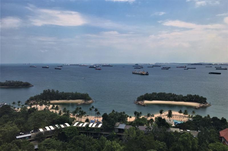 シンガポールケーブルカーから見えるシロソビーチとシンガポール湾