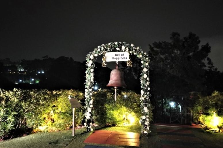 マウントフェーバー駅 Bell of happiness