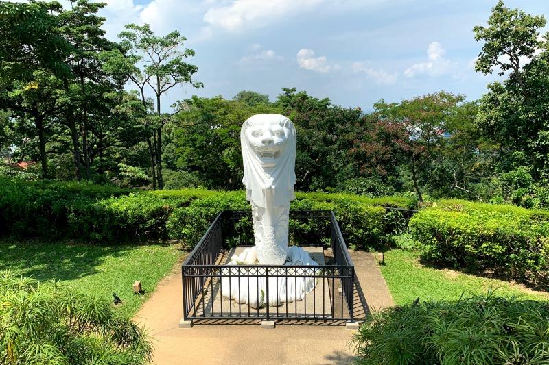 マウントフェーバーのマーライオン像