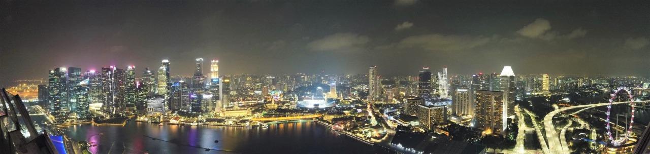 シンガポールの夜景 180度パノラマ
