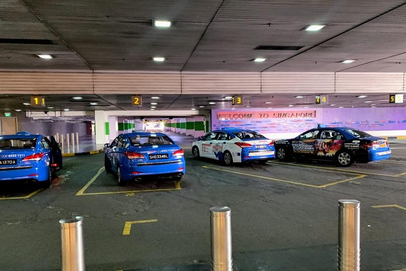 シンガポールチャンギ空港のタクシー待機場