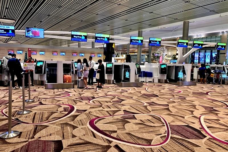 singapore changi airport terminal 4 のイミグレ